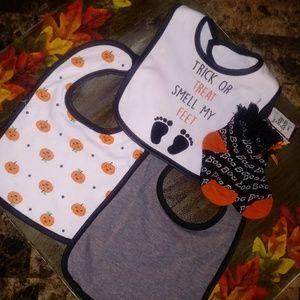 NWT Baby Halloween Bibs & Socks Bundle